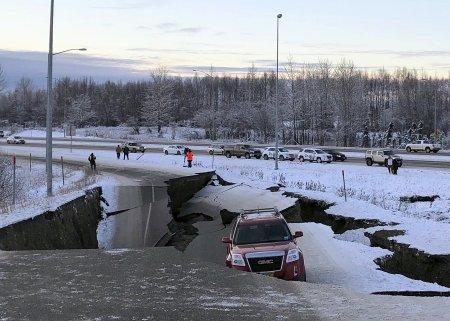 Alaska quake AP Dan Joling